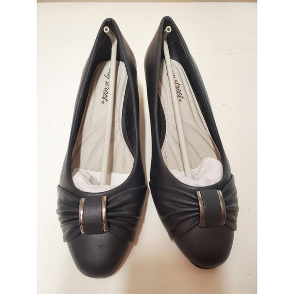 acc8bebed3 easy street Shoes | East Street Eloise Dress Pumps Heel | Poshmark